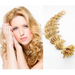 Kudrnaté vlasy evropského typu k prodlužování keratinem 60cm - přírodní blond